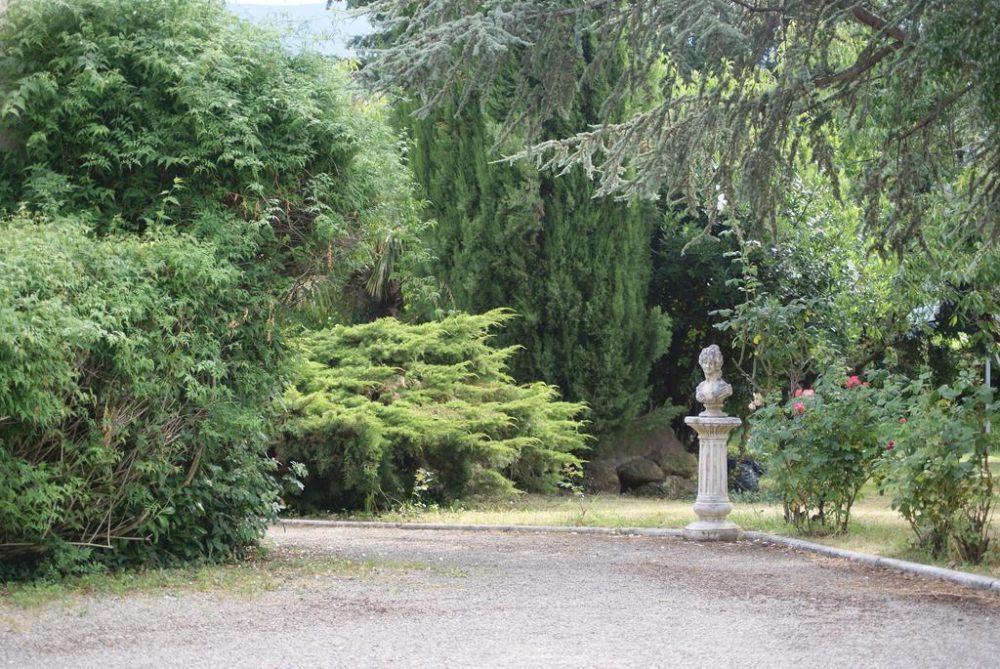 jardin hôtel pyrène foix